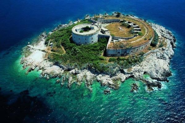 montenegrin island mamula